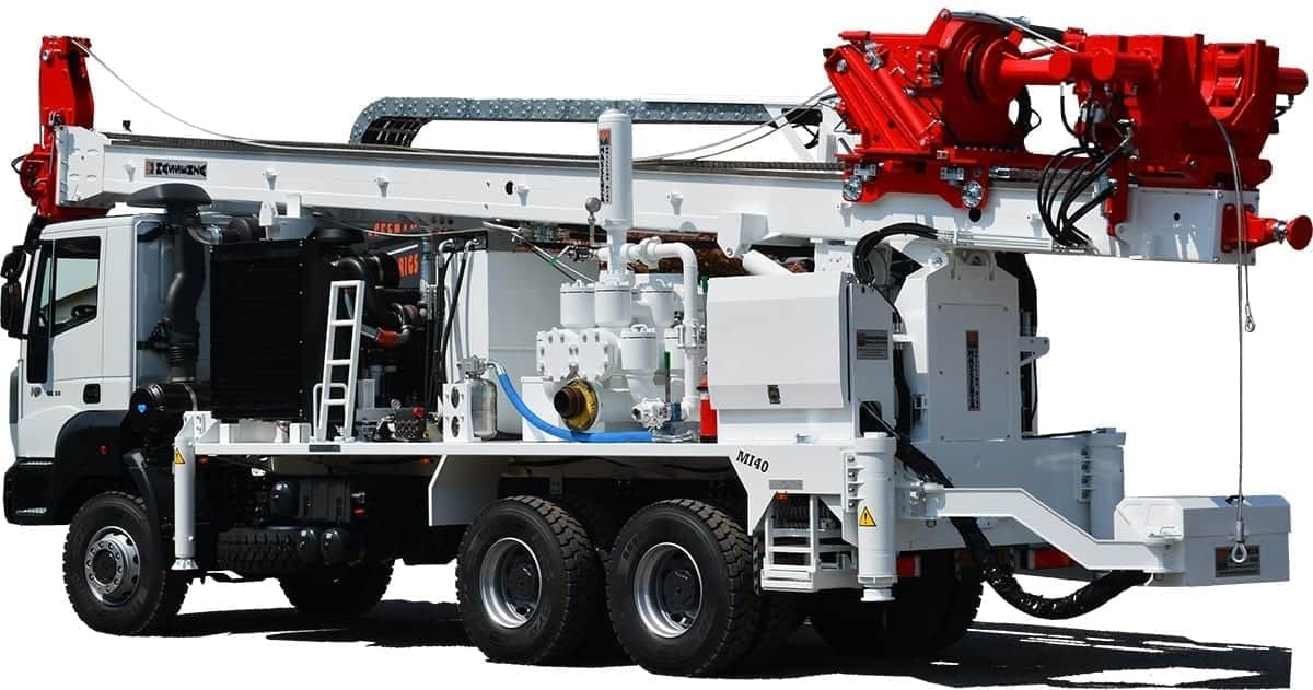 MI40_2434_Drilling-rig-Foreuse